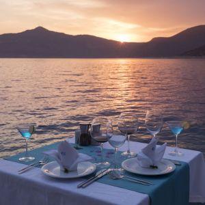Waterside Dining